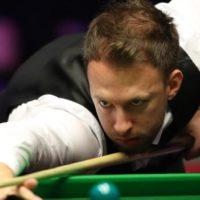 World Grand Prix: Judd Trump beats Barry Hawkins 6-5 to reach final