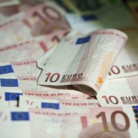 Euro's fortunes renewed as spring brings economic green shoots, Govern...