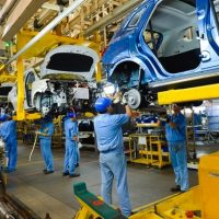 Top Chinese Carmakers Hitch Up for Technology Development